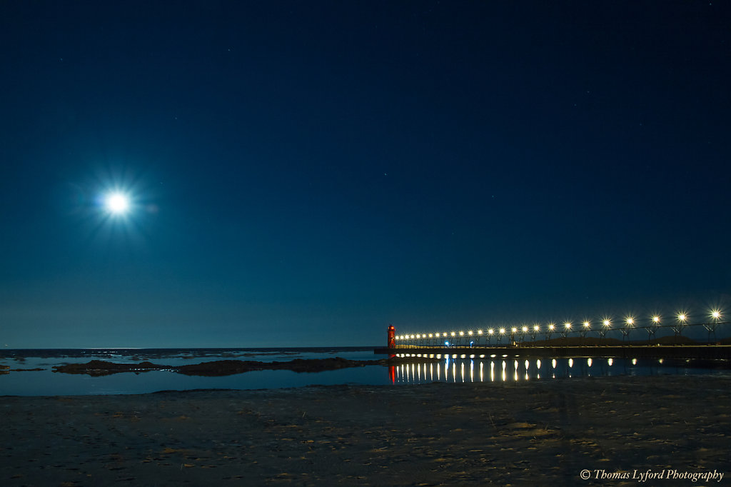 IMG-0758-blood-moon-South-Haven-20x30.jpg